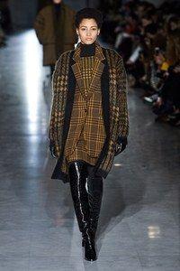 Prêt-à-porter Max Mara Herbst / Inverno 2019-2020 – Sfilate di moda | Vogue Germania