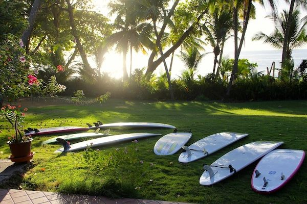 The morning line up at Peaks 'n Swells. #surf #costarica
