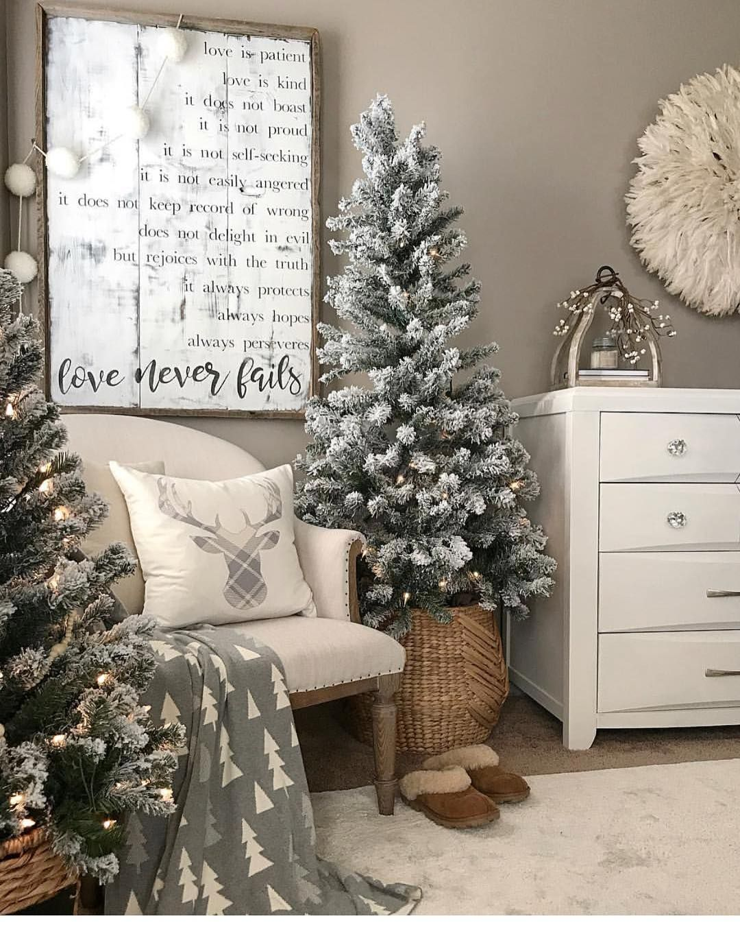 farmhouse style christmas decor farmhouse christmas decor rh pinterest com