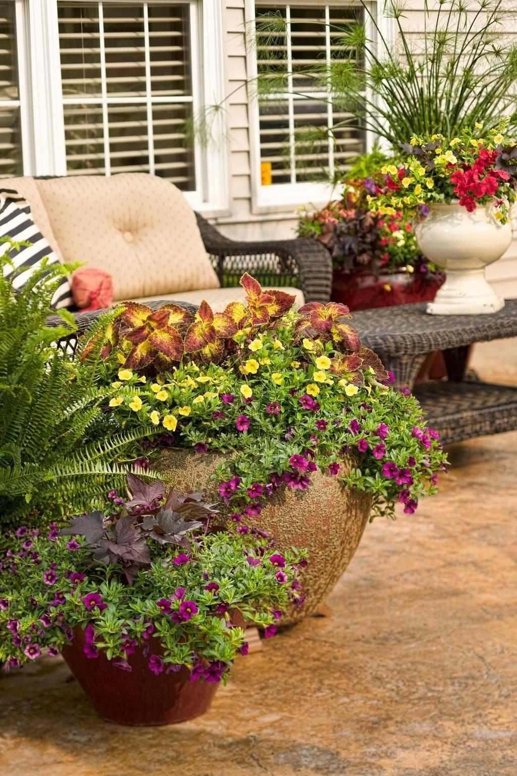 Make a hidden water reservoir for pots in the garden.When
