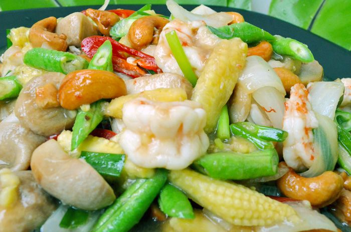 Thai Food Recipe: Shrimp and Cashew Nuts Stir Fry – Joy's Thai Food Recipe Blog and Training for Beginners