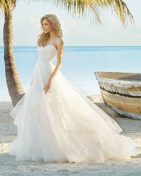 Beach Modern Romantic $$$ - $1501 to $3000 Ball Gown Barn Beach Garden Lace Modern Space Museum Sweetheart Tulle Vineyard Wedding Dresses Photos & Pictures - WeddingWire.com