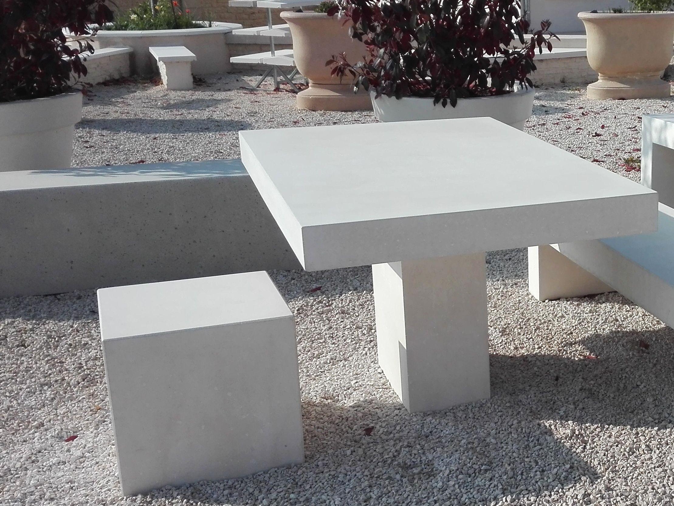 Cube En Beton Lisse Mobilier Urbain Pierre Reconstituee Decor Furniture Table