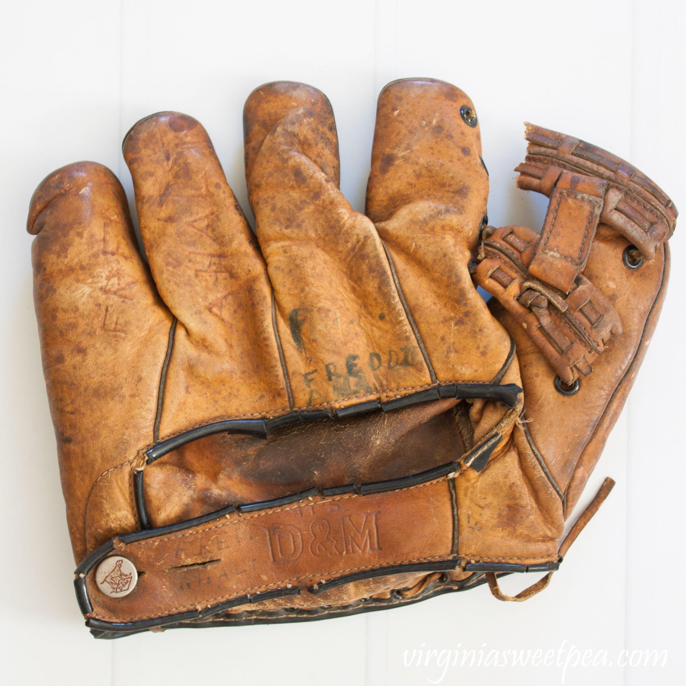 Investigating Vintage Baseball Gloves Sweet Pea Baseball Glove Vintage Baseball Gloves Vintage Baseball