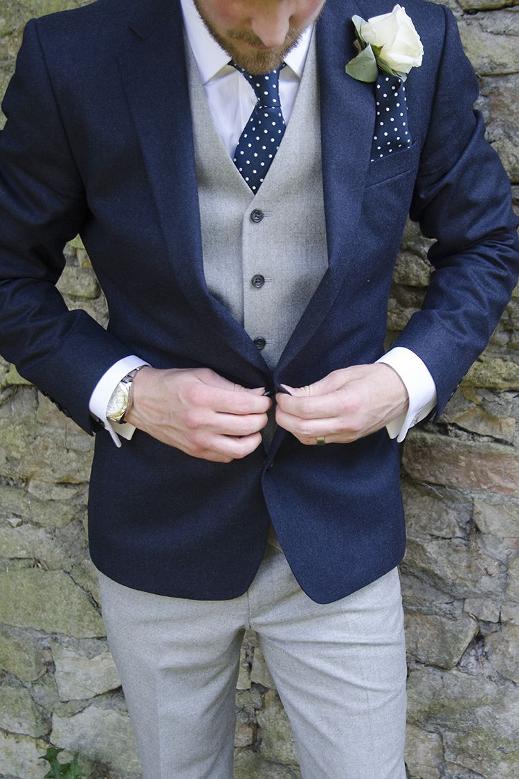 915926e03c5fd Más de 7 colores alternativos para el traje del novio