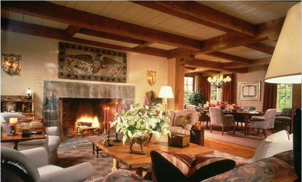 RoomReveal - Living Room: Millbrook Americana by Timothy Macdonald