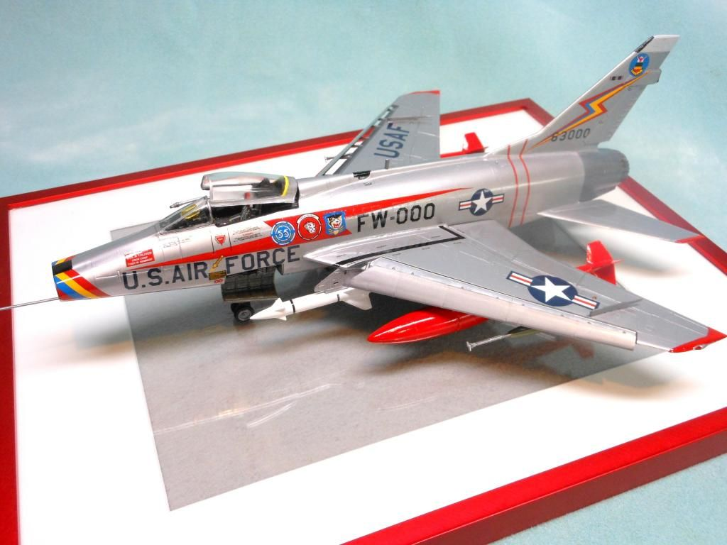 F-100 Sabre 1/48 Monogram. Made OOB with acrylic paints.