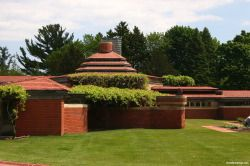 Wingspread - Frank Lloyd Wright - Great Buildings Architecture