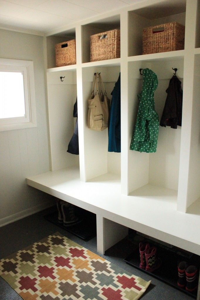Mud Room Bench Basket Storage Coat Purse Hooks Shoe Opening Perhaps On A Smaller Scale