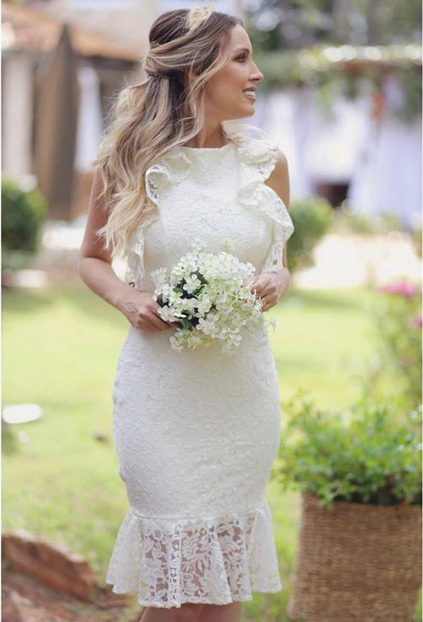 b69924e0c6e9 Vestido branco curto com renda: modelos para noivado, casamento civil,  batizado e culto ecumênico