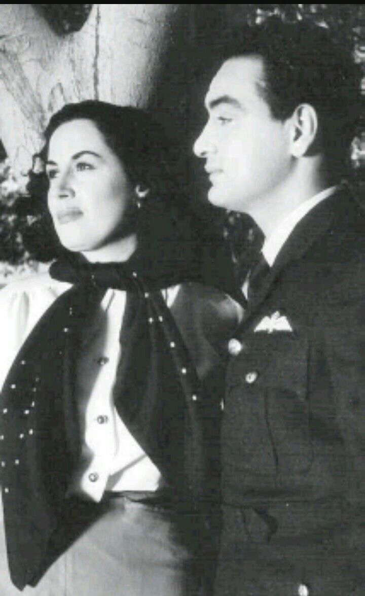 Amr Fawzi pinnovnov on love fawzy♥️ | egyptian actress, old