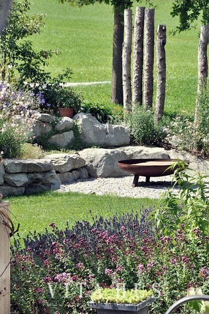 Photo of Fire pit, garden, autumn, warm, cozy, outside, stone, wood, modern – beautiful pins