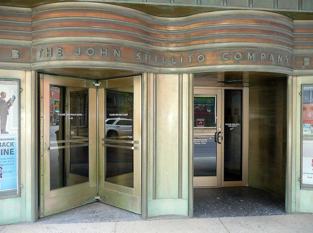 Cincinnati Oh The John Shillito Company North Entrance By Army Arch Via Flickr Cincinnati Kentucky Downtown Cincinnati Cincinnati Ohio