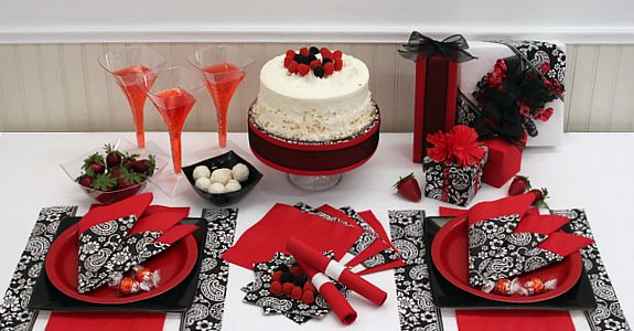 Red Party Centerpieces : Red and black party decorations find classic solid