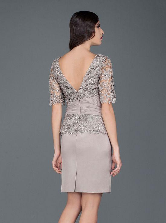 4bd809b54b3f Κλασικό φόρεμα δαντέλα στο μπούστο