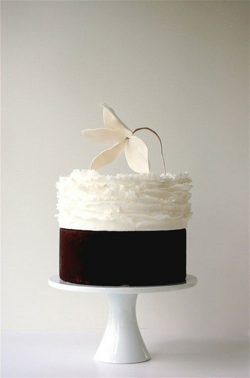 Chocolate heaven - ruffled cake
