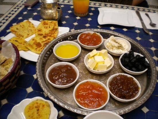 الفطور المغربي في الصباح