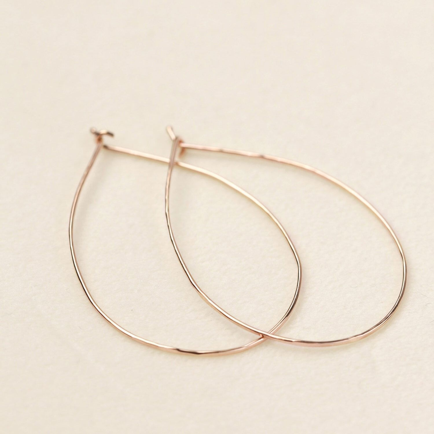 Rose gold hammered wire hoop earrings, 0.75mm wire, classic hammer ...