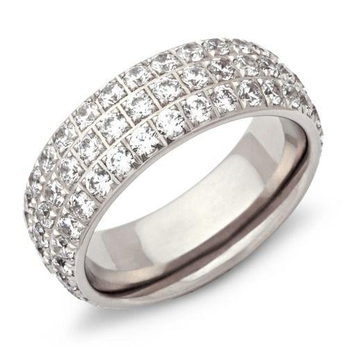 Ring aus Edelstahl besetzt mit zahlreichen Zirkonia Steinen R9085cz.