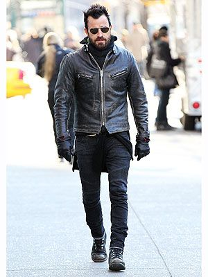 Justin Theroux S Style Mantra It S Always Winter From The Waist Down Cafe Racer Leather Jacket Justin Theroux Well Dressed Men