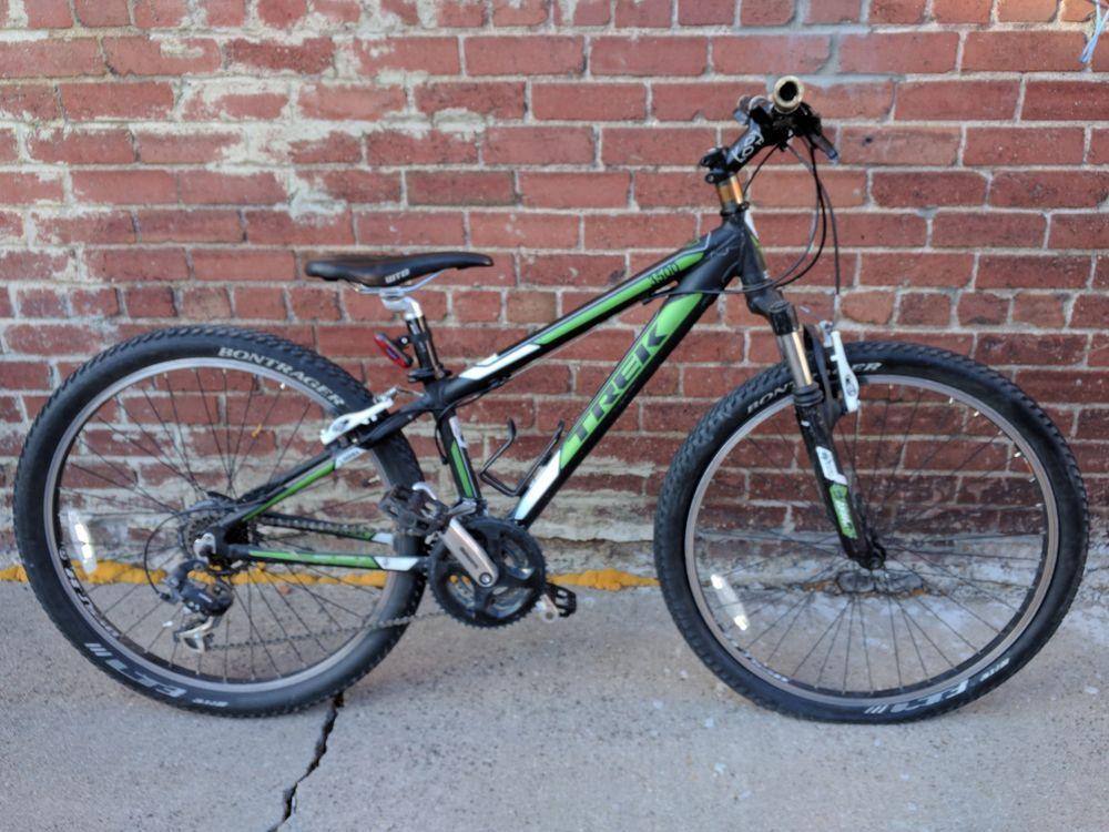 33 Cm 13 Trek Alpha 3500 3 Series Bike Bicycle Mountain Black Green Front Suspe Bicycle Bike Bicycle Stuff To Buy