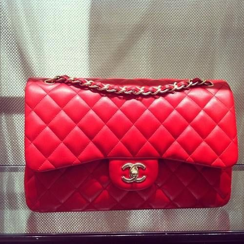 5fef6b9ece40 Red Chanel Bag-I so badly want one of these. .. so badly.