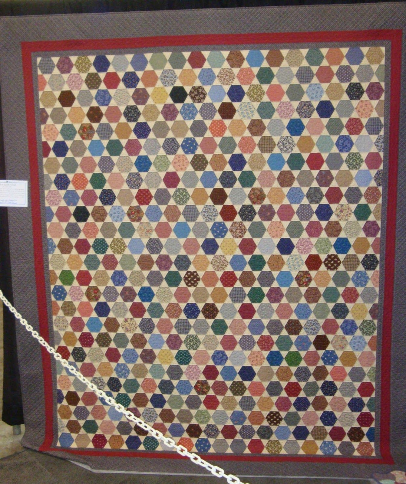 HEXAGON QUILT..............PC...............FABRIC THERAPY: 2014 AQS Grand Rapids Quilt Show...Part Five...