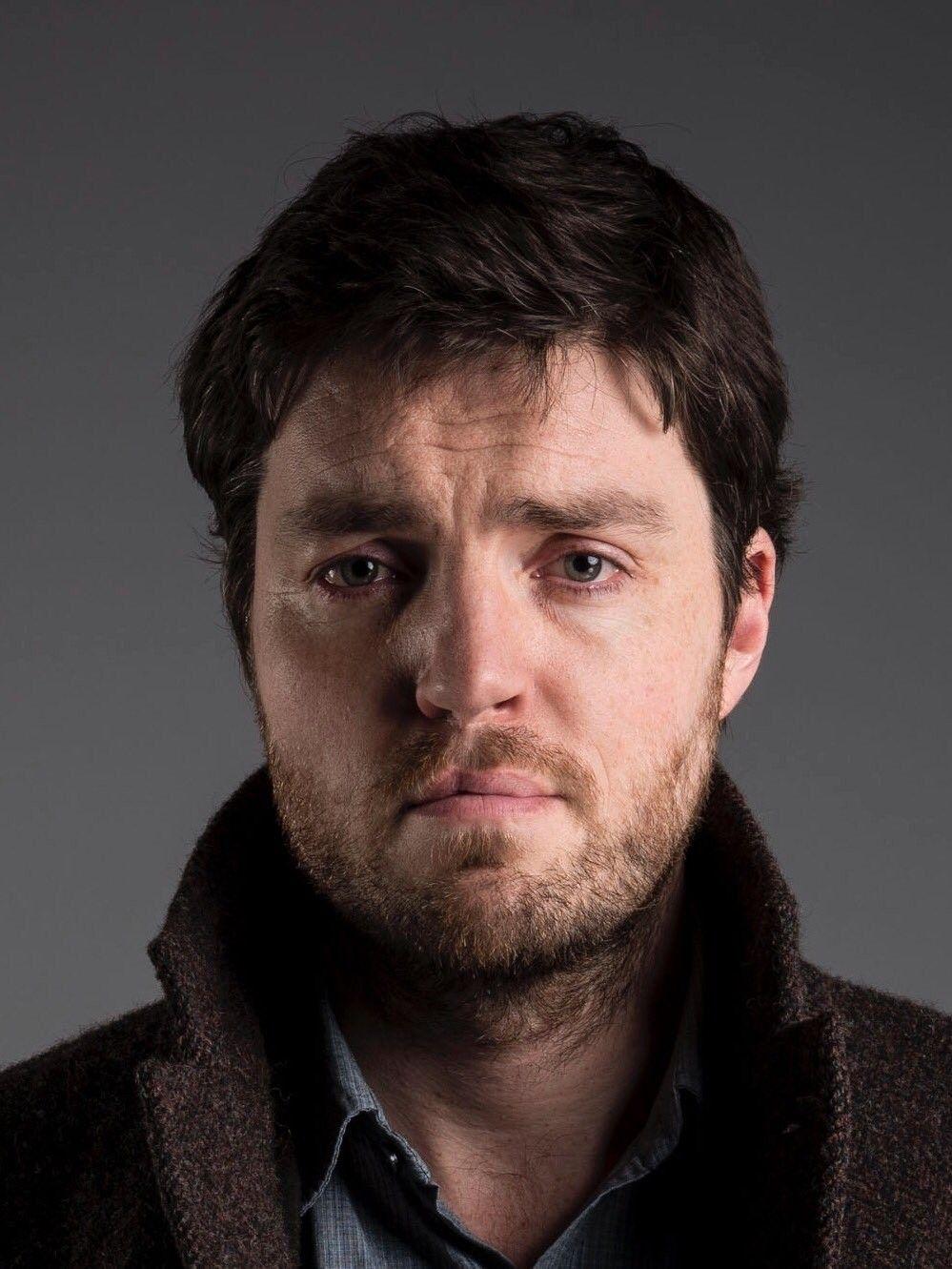 Athos / Tom Burke | Mosqueteiro e Looks