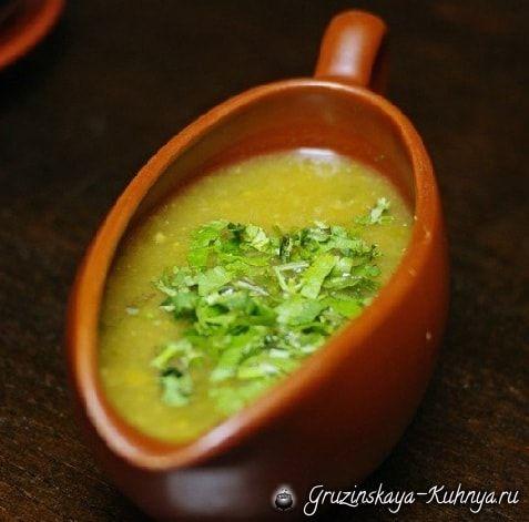 Ткемали - соус из зеленой алычи | Соусы, Соус из ежевики и ...