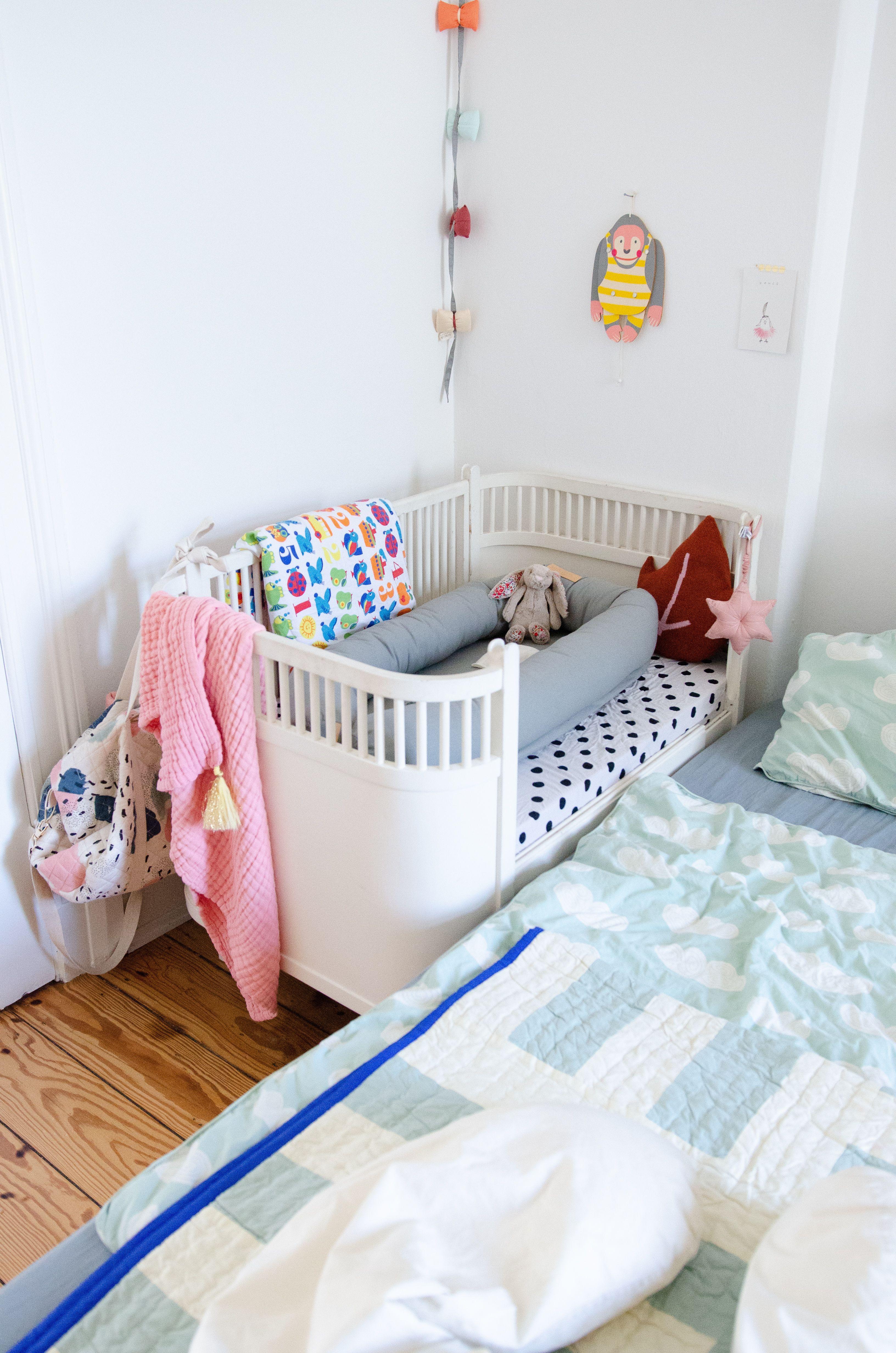 Unser Familienbett Schnell Und Einach Aus Zwei Ikea Betten Ikea Bett Familienbett Familien Bett