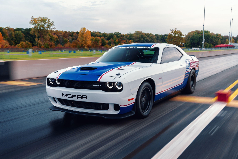 2020 Dodge Challenger Drag Pak By Mopar And Srt Top Speed Mopar Dodge Challenger Dodge Challenger Srt Hellcat
