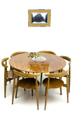 47505 Hans Wegner table +6 chairs \u20ac 4,495 (6) jpg DINING ROOM