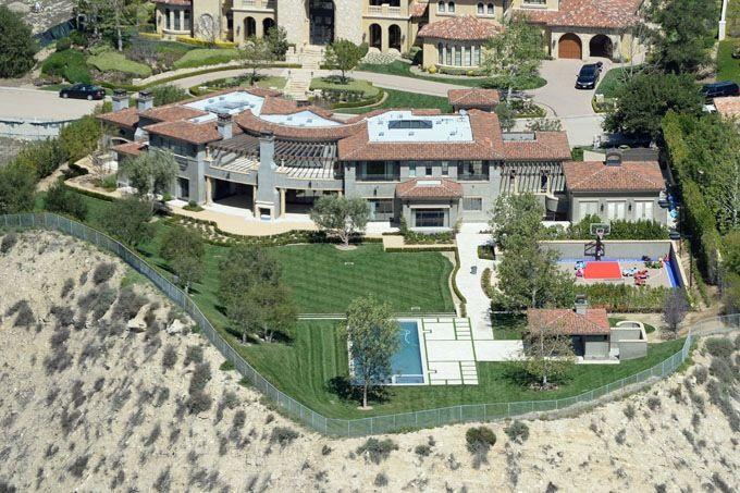 kourtney kardashian home backyard - Szukaj w Google | Pomysły do ...