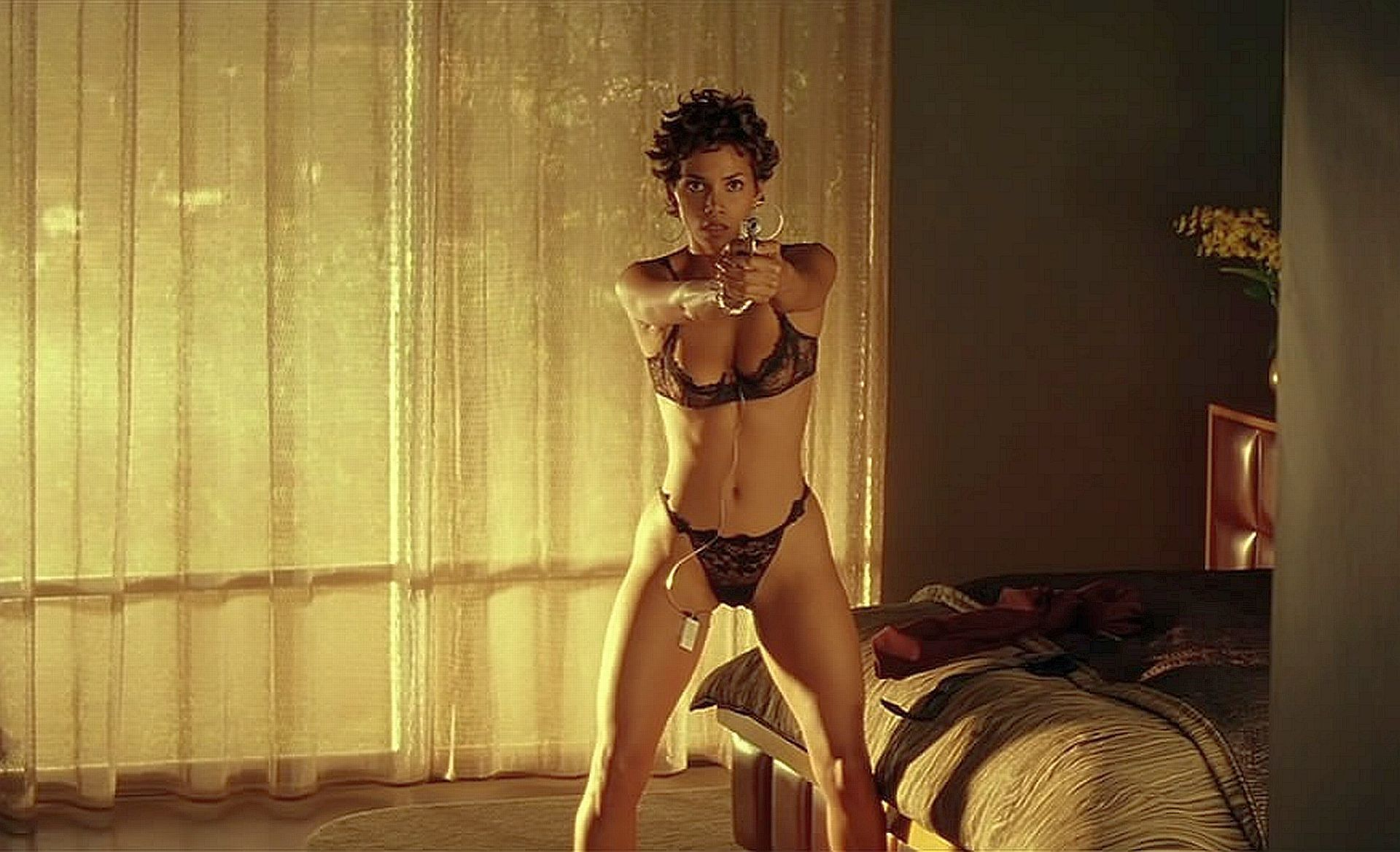 halle berry swordfish gif pictures armed sexy women. Black Bedroom Furniture Sets. Home Design Ideas