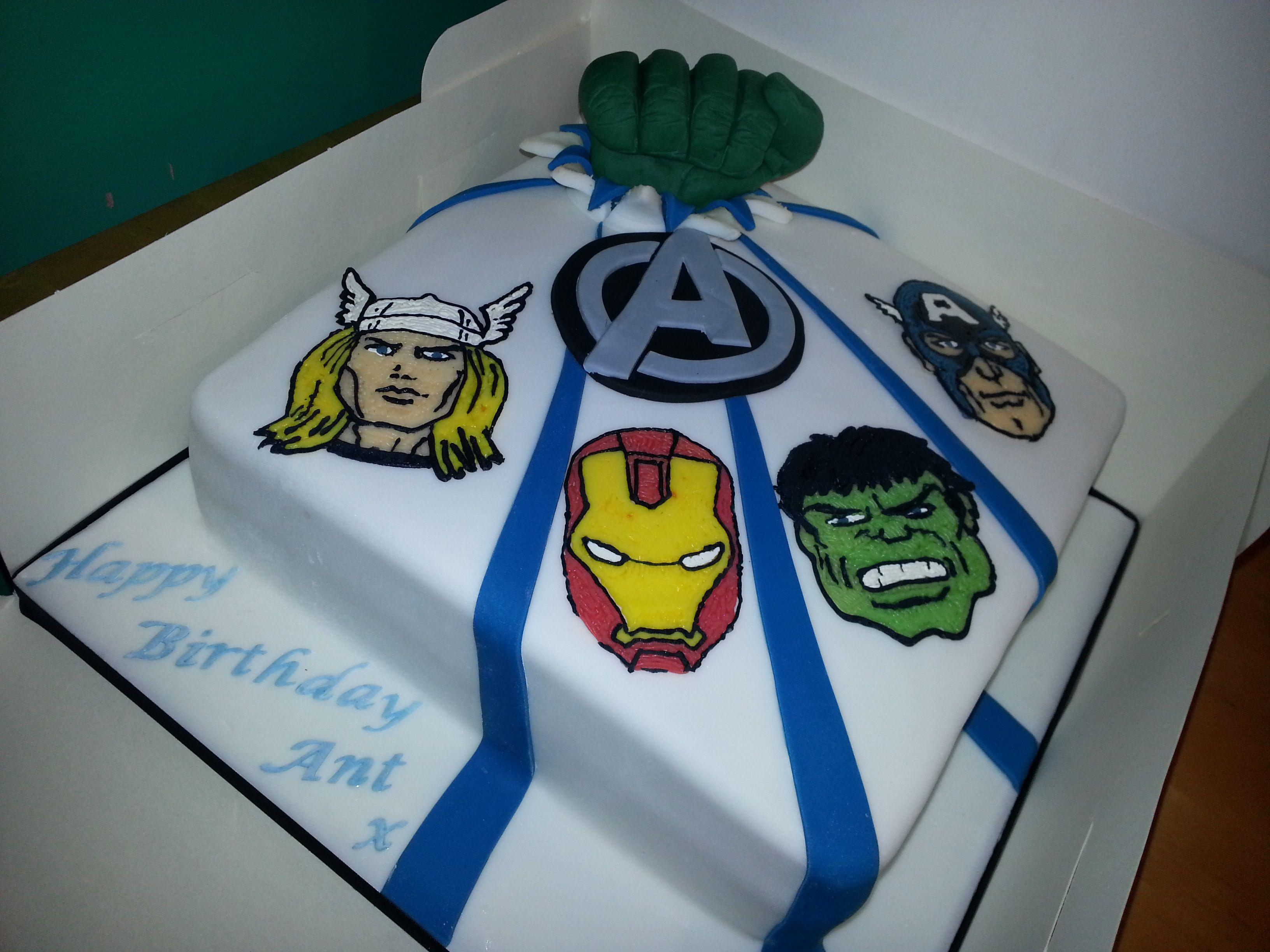 avengers cake Easy Avengers Cake Ideas cakes Pinterest