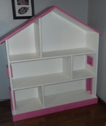 die besten 25 puppenhaus b cherregal ideen auf pinterest puppenhausspiel. Black Bedroom Furniture Sets. Home Design Ideas