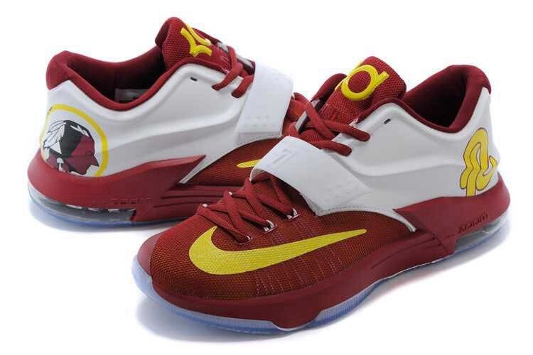 b33afc95f78b The Best 10 Basketball Shoes for Small Forwards