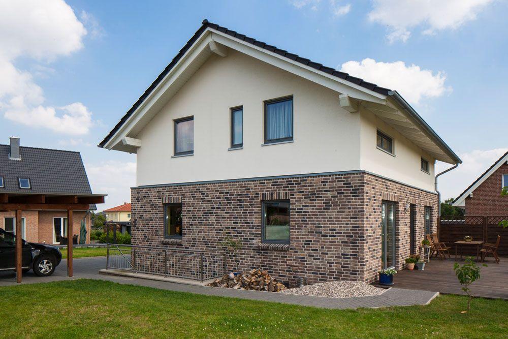 Viel Platz zum Leben in 2020 Klinkerfassade, Haus und