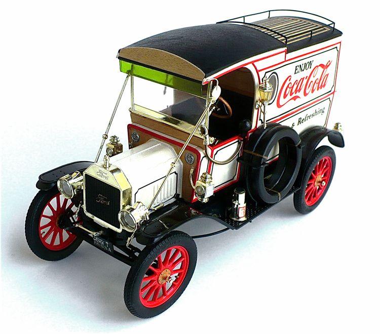 Entex 1/16 scale Ford Model T Van.