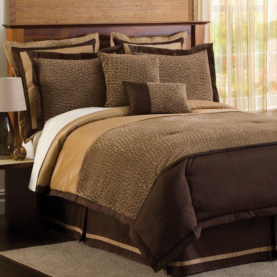 Animal Plush 4 Piece Comforter Set in Taupe / Brown
