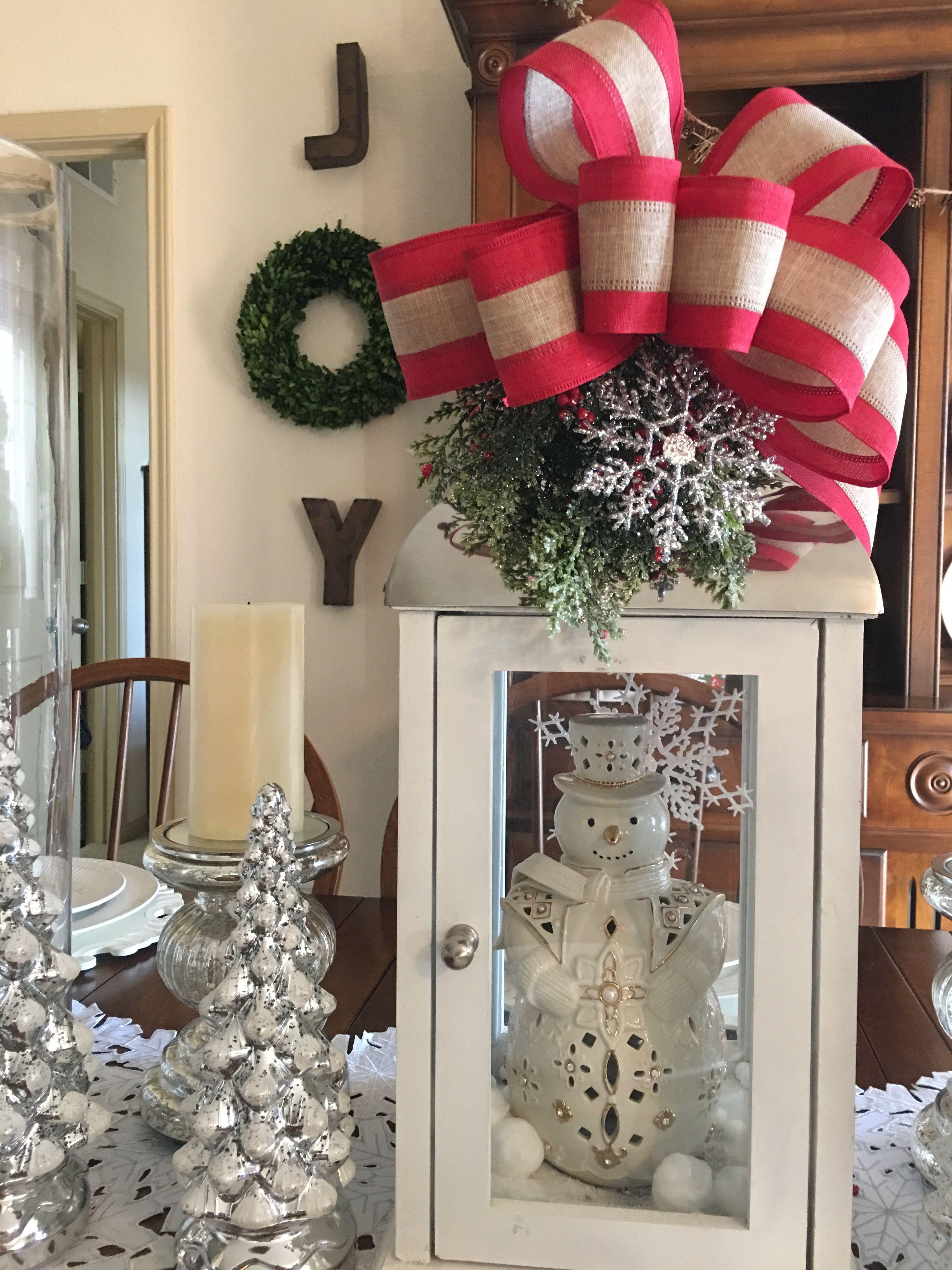 Window ideas for deer stand  pin by yusmeri pinto on navidad  pinterest  christmas decor