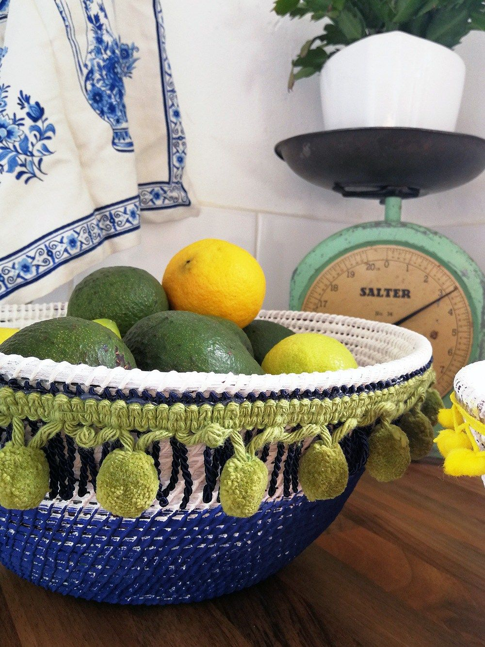 Fringy Bohemian Basket Goodness Tutorial is part of Bohemian Home Accessories Colour - This Fringy Bohemian Basket is the easiest decor DIY and the perfect thing for adding a bit of colour to any home