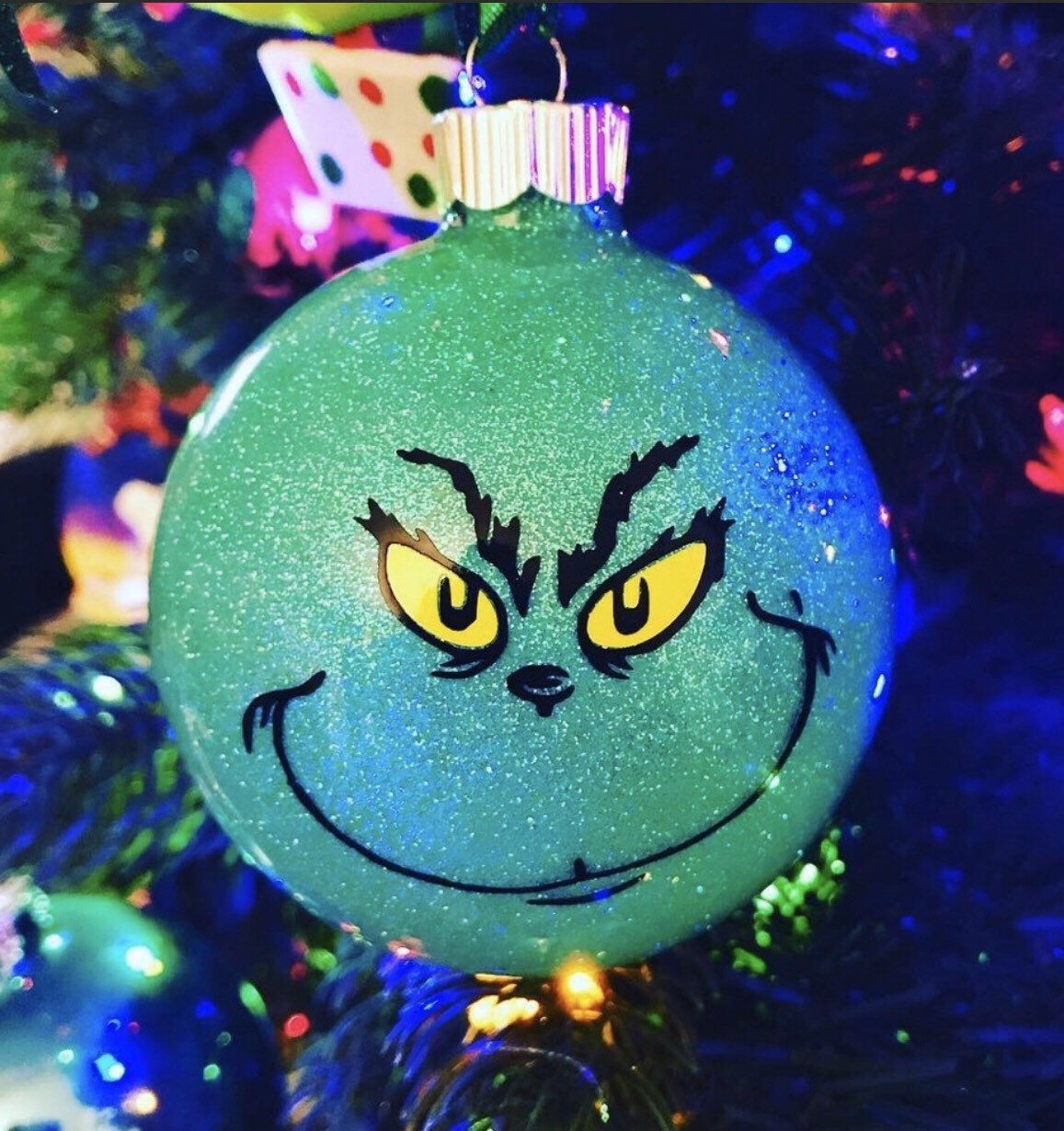 The Grinch Glitter Ornament Christmas Ornaments Etsy Vinyl Christmas Ornaments Kids Christmas Crafts Ornaments Disney Christmas Ornaments