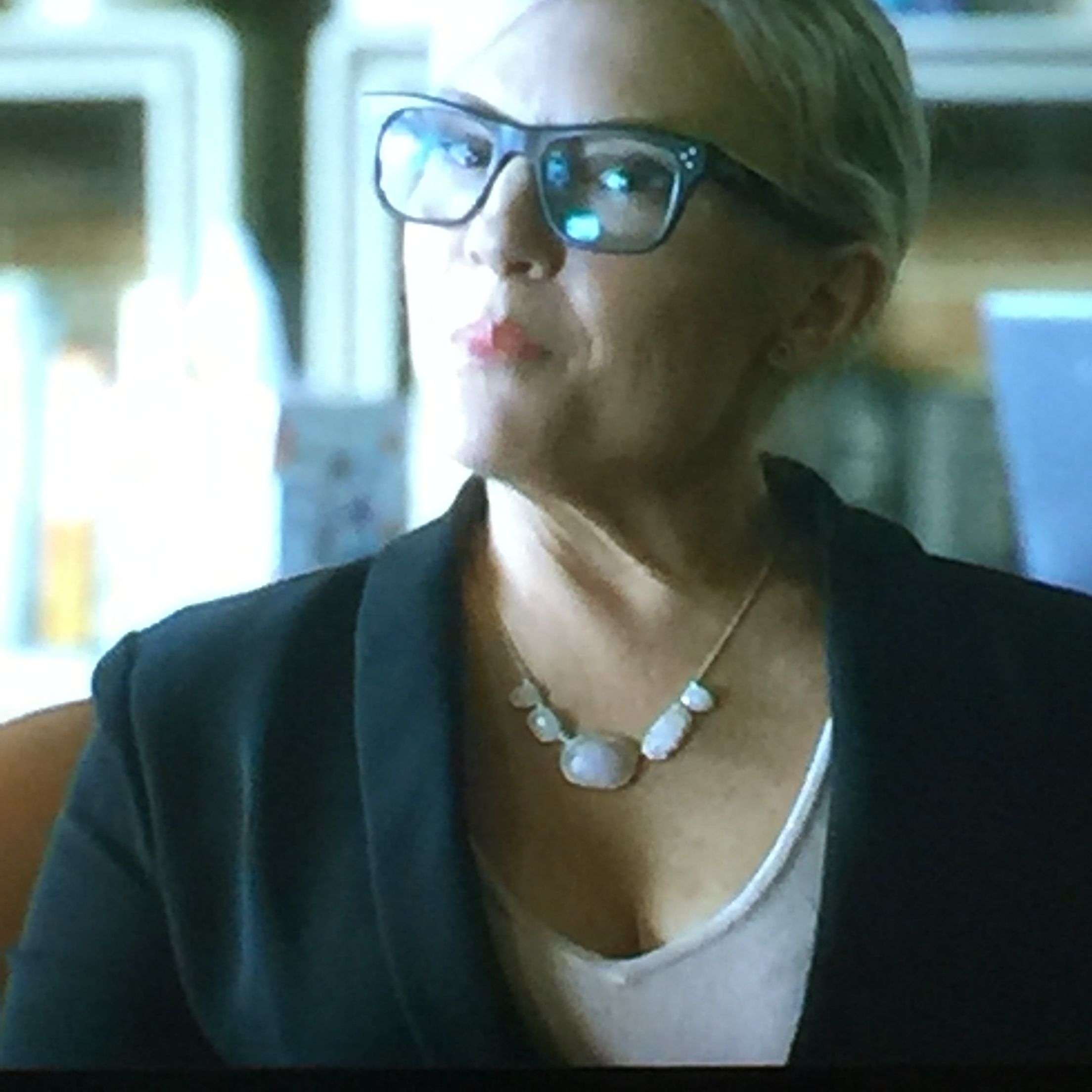 Lovely necklace (Lucifer TV show)