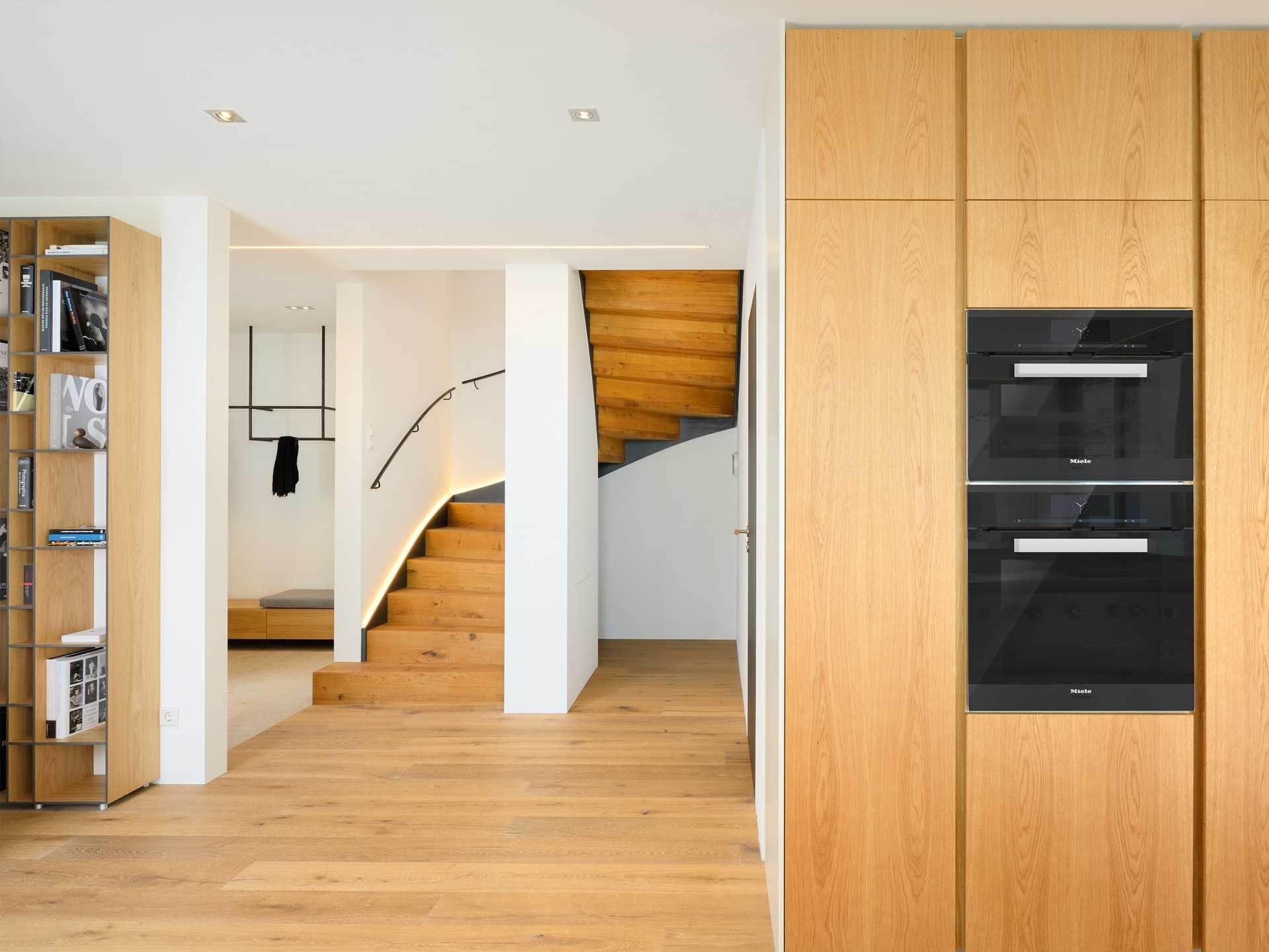 Baufritz Musterhaus Haus am See Ansicht Treppenhaus | Haus Pläne ...
