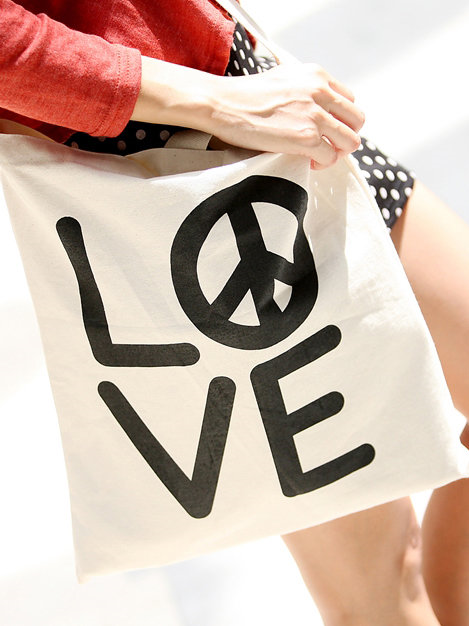 #storets.com              #love                     #Peace #Love #Echo #Storets                         Peace in Love Echo Bag by Storets                                             http://www.seapai.com/product.aspx?PID=638321