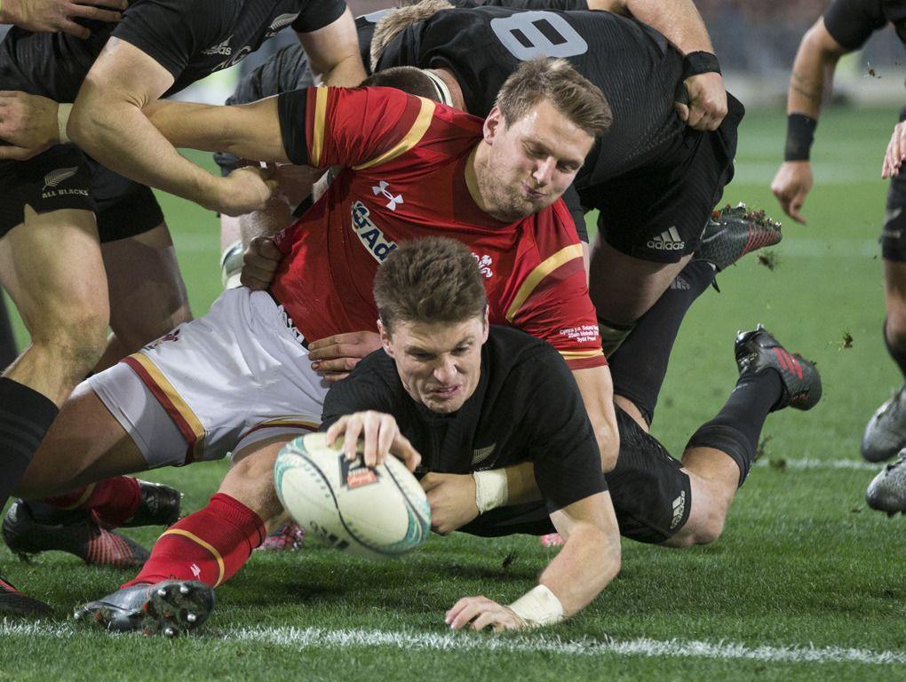 Steve Hansen's biggest All Blacks concern Who to pick - New Zealand Herald