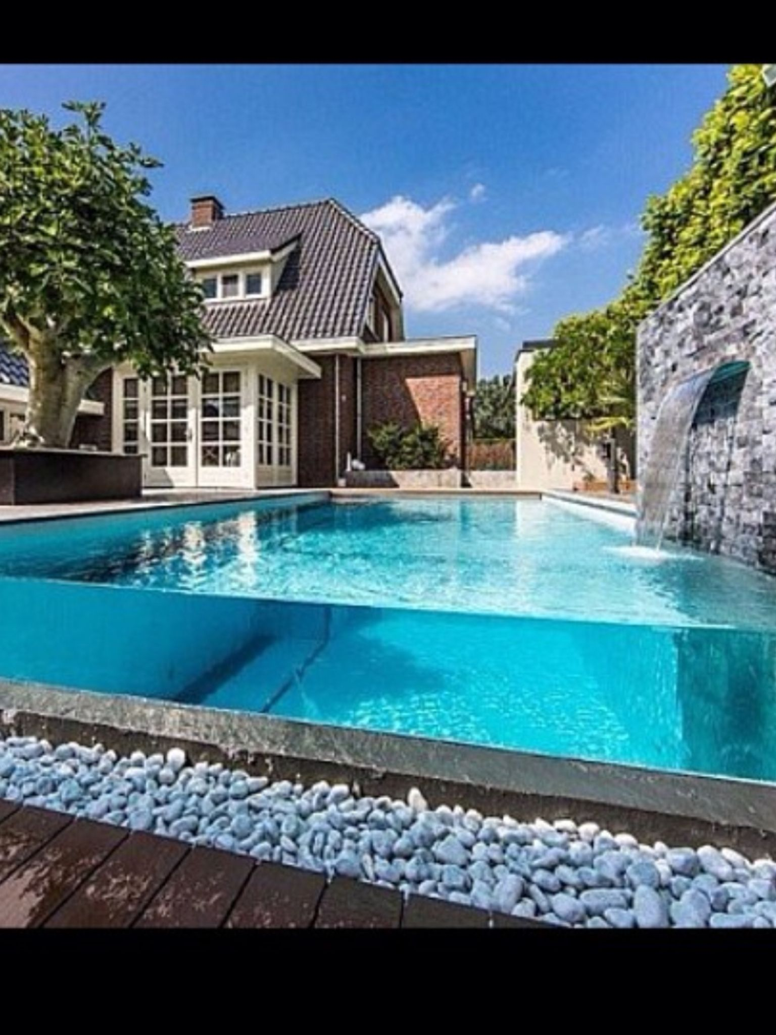 Crystal clear glass pool the great outdoors in 2019 small backyard pools swimming pool - Modern above ground pools ...