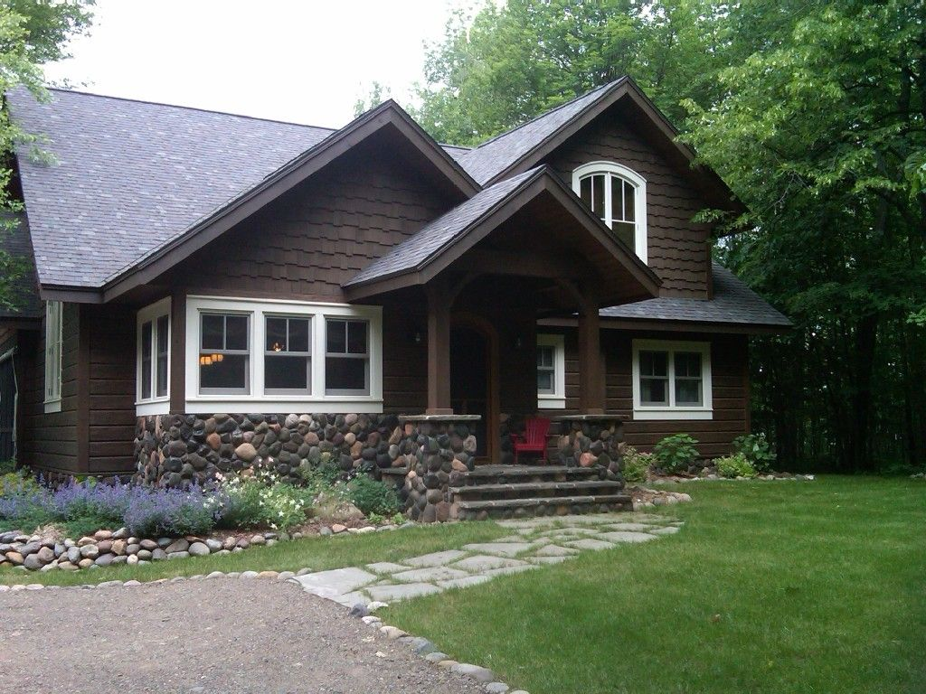 Story book vintage northwoods lodge loaded with charm for Northwoods wisconsin cabin rentals