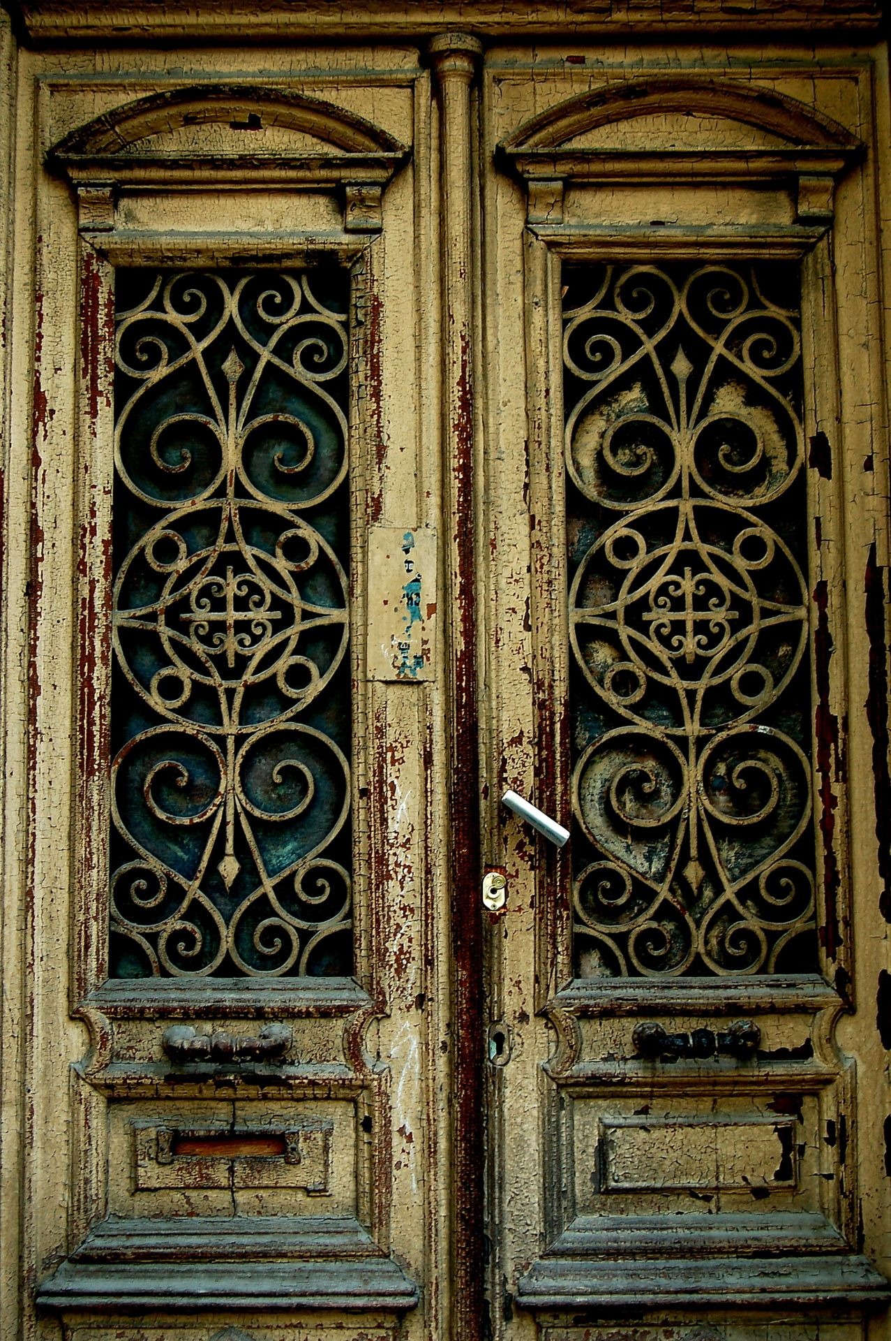 old city tbilisi doors